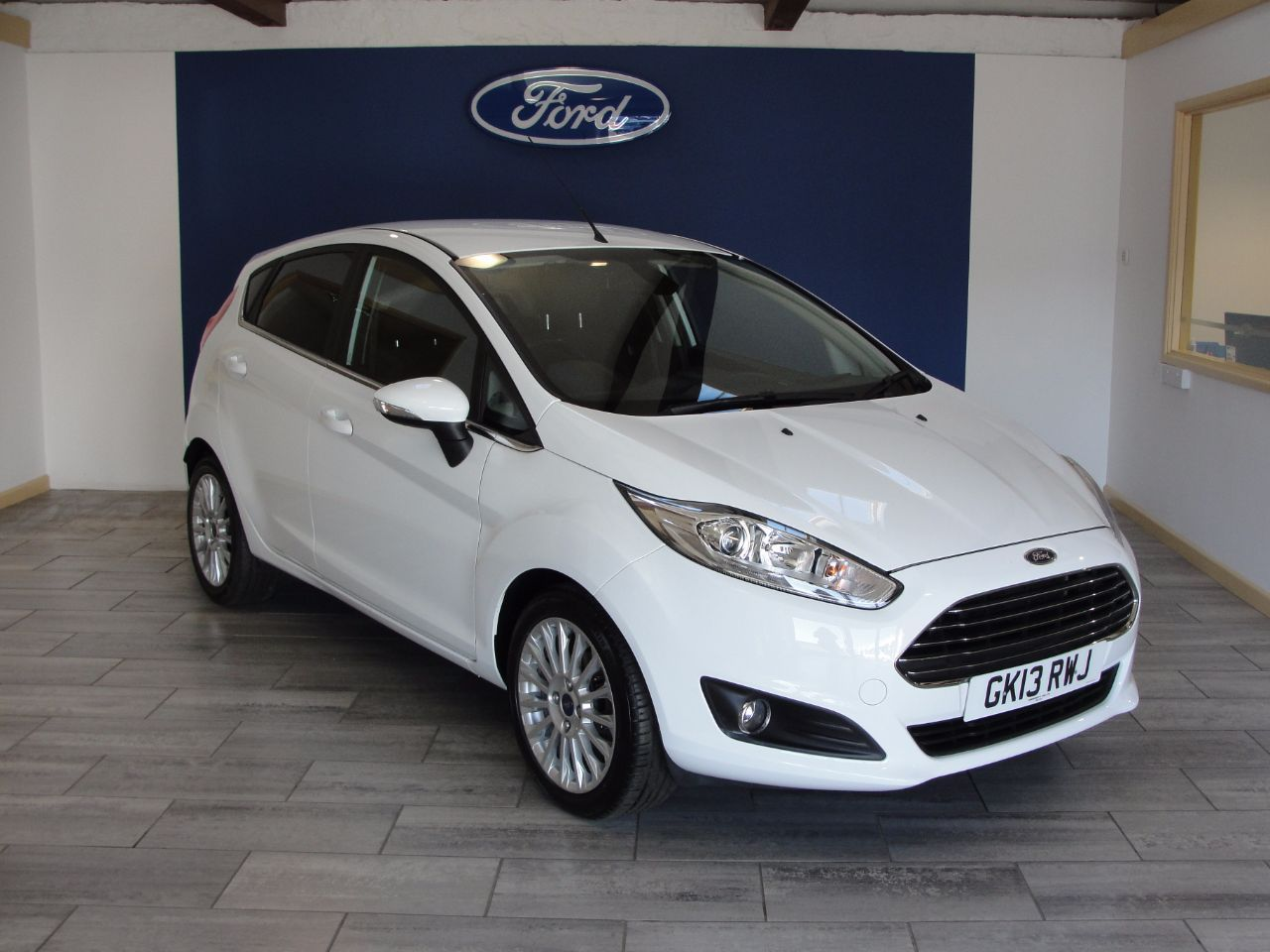 Ford Fiesta 1 0 Ecoboost 125 Titanium 5dr Hatchback Petrol White