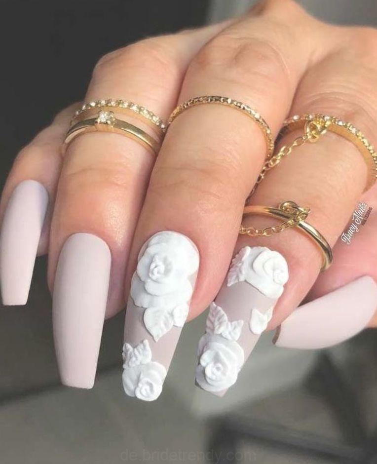 Fingernägel Braut