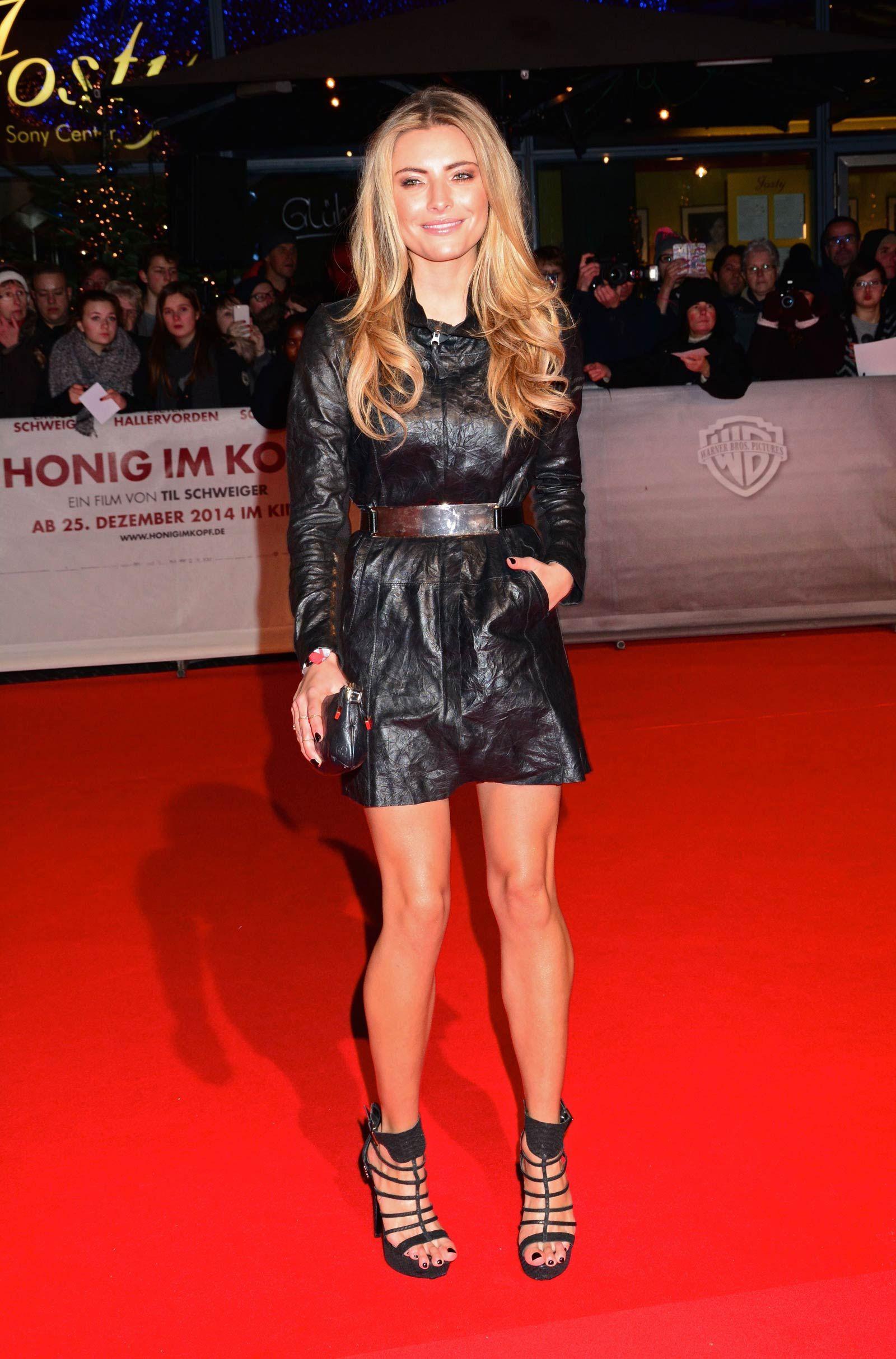 Sophia Thomalla attends Honig im Kopf premiere | Celebs in ...