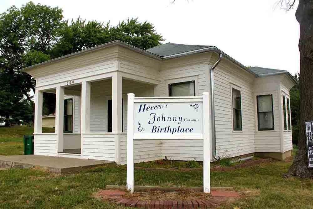 Famous Iowan: Johnny Carson Birthplace Home, Corning Iowa