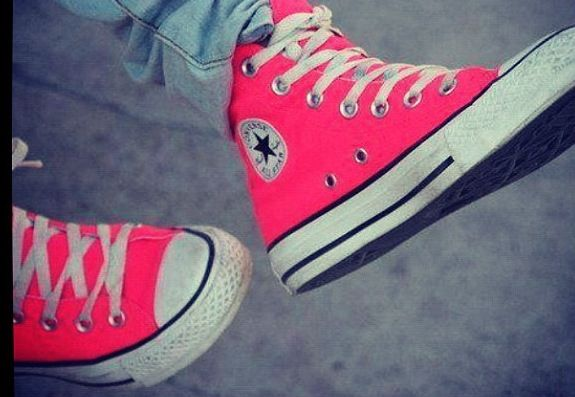 570798417ee Hot pink converse