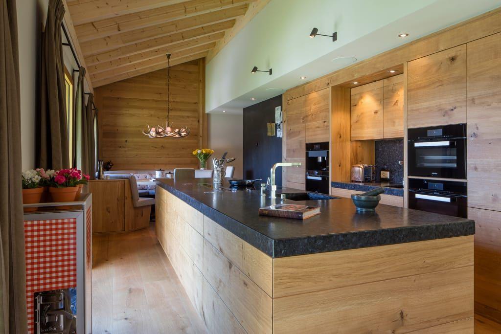 Moderne Küche Bilder Moderne Massivholzküche im Chalet - küche weiß mit holz