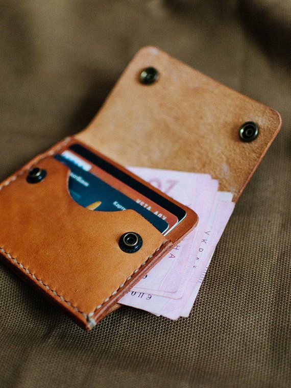 Minimalist leather wallet, slim wallet, front pocket wallet, leather cardholder, vegtan leather wall #leatherwallets