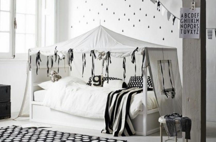 transformer le lit ikea kura 15 id es ikea hacks blog d co clematc ikea kura ikea hack. Black Bedroom Furniture Sets. Home Design Ideas