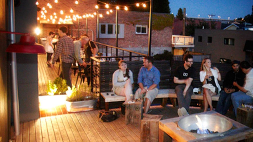 14 Great Spots For Outdoor Dining And Drinking In Seattle Seattle Restaurants Outdoor Dining Seattle