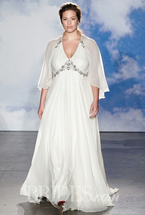 11 Best Wedding Dress Styles For Plus Sizes Wedding Reception