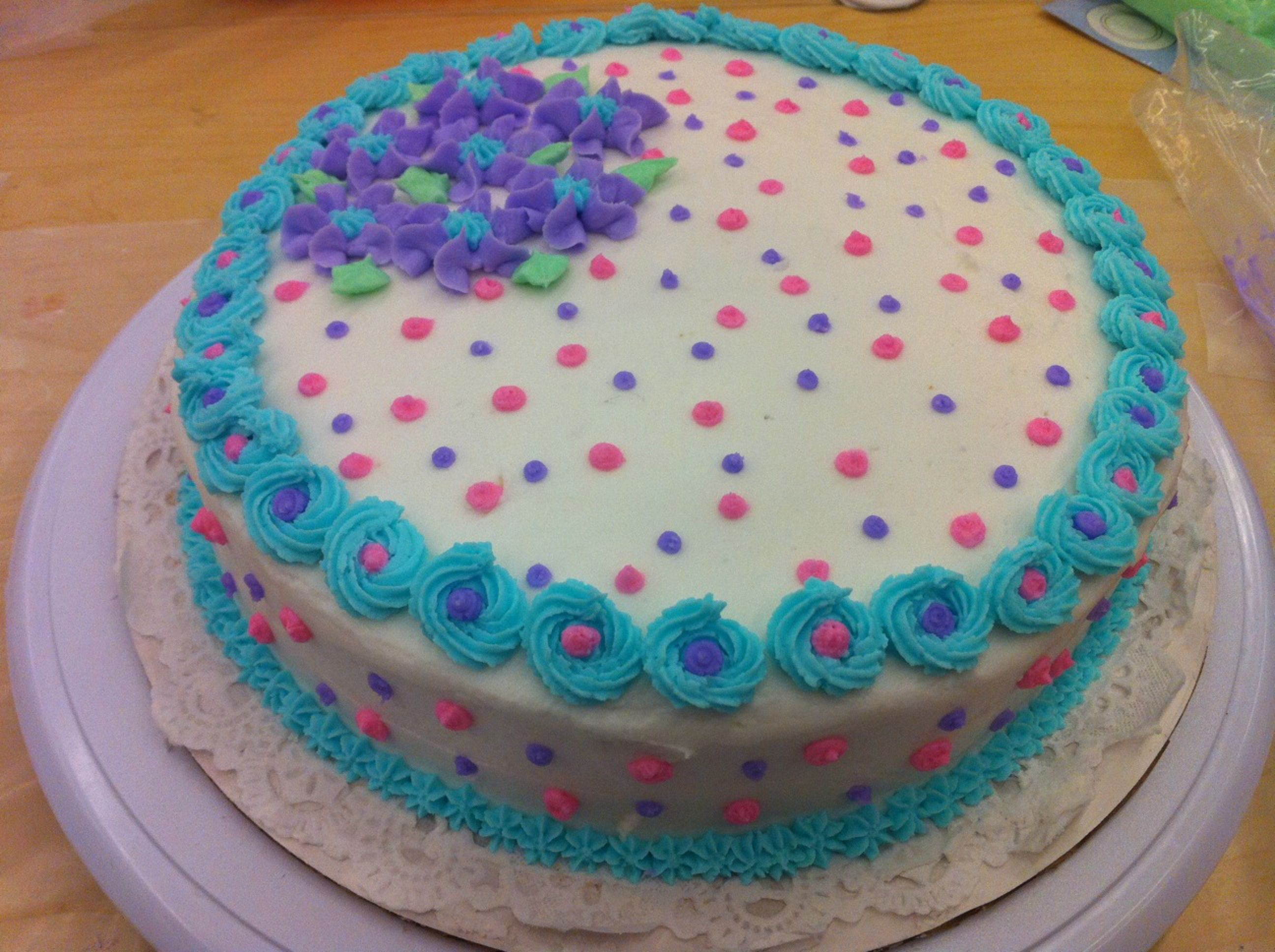 Easy Cake Icing Patterns: Buttercream Decorated Cakes
