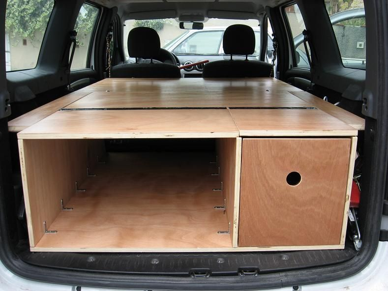 dacia logan mcv le forum logan mcv voir le sujet mon mcv camping car 4 toiles brico. Black Bedroom Furniture Sets. Home Design Ideas