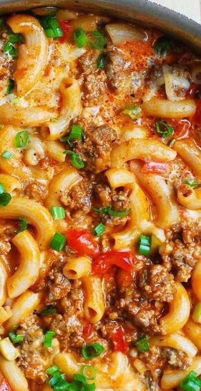One-Pan Mac and Cheese with Sausage and Bell Peppers