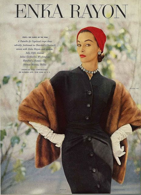 So smartly elegant! #vintage #fashion #1950s