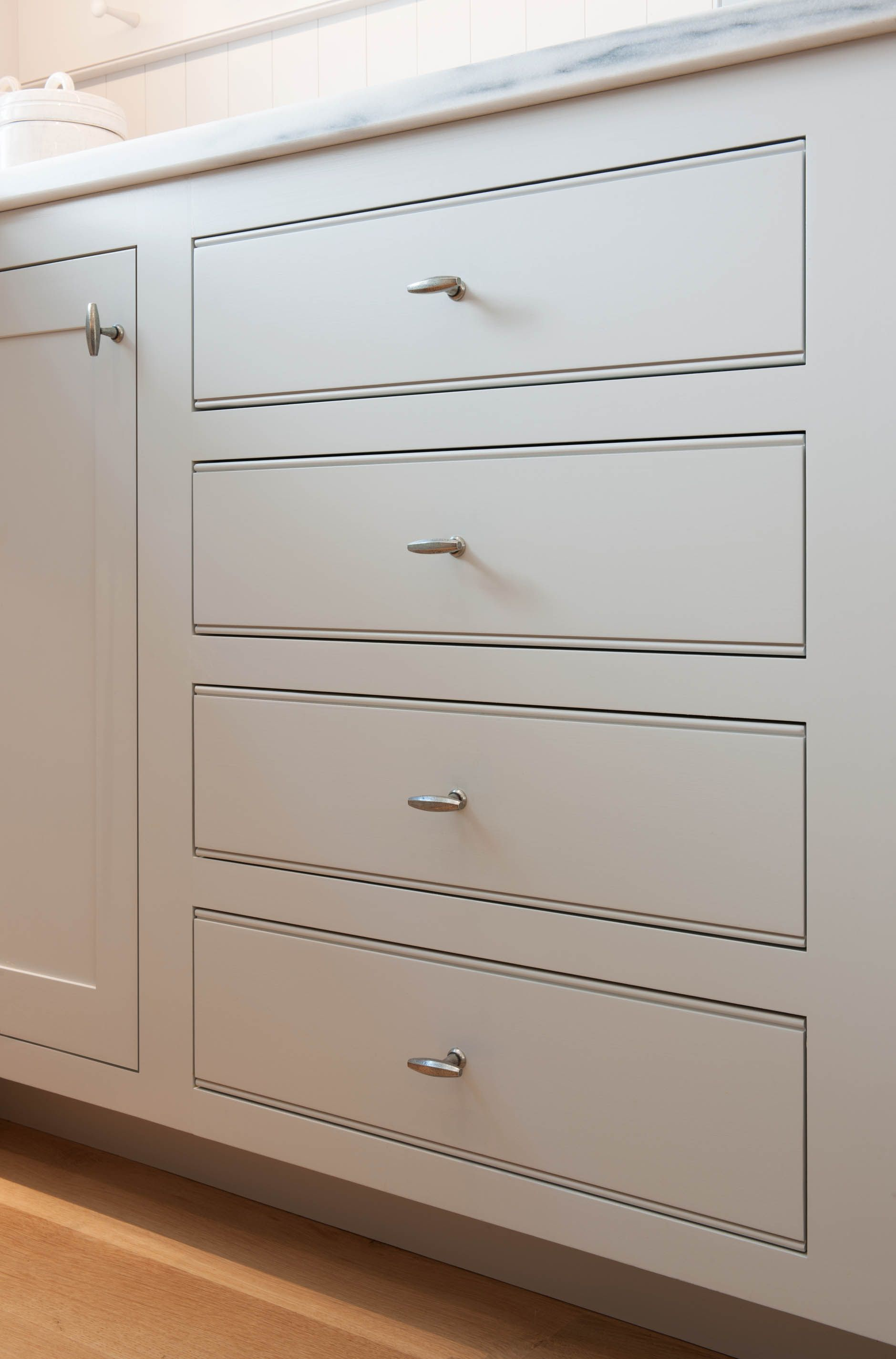 Best This Four Drawer Custom Cabinet With Square Inset Face 400 x 300