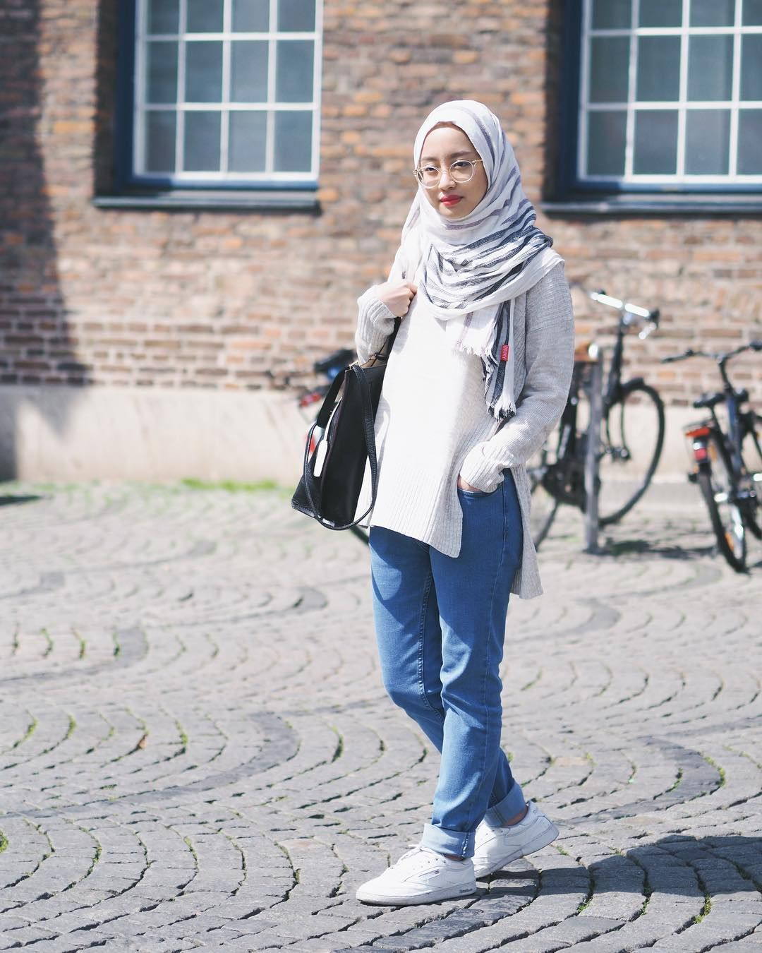 35k Likes 122 Comments Gita Savitri Devi Gitasav On Instagram My Casual Outfit When I Was In Dusse Hijab Style Casual Fashion Hijab Fashion Inspiration