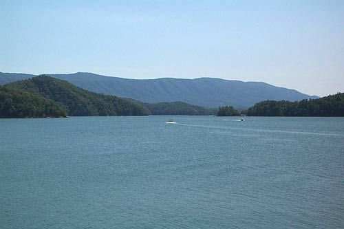 Best place to fish south holston lake favorite places for Fishing lakes in tennessee