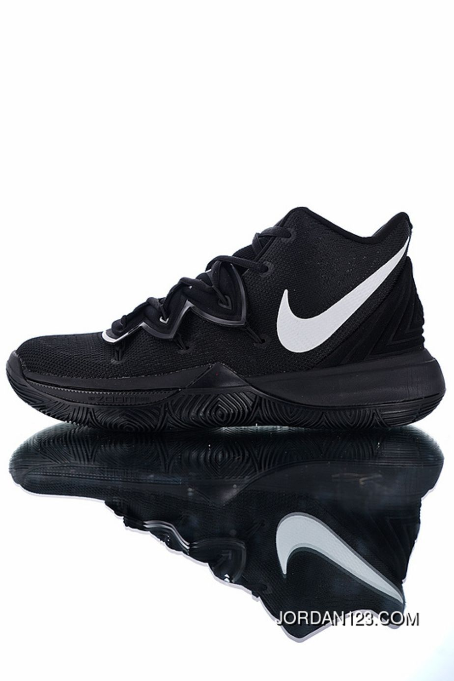 P21 The Original Here Right Version Large Area Of Air Zoom Turbo Zoom Science And Technology With Nike Kyrie 5 Irving 5 Indoor Battle Basketball Shoes Black Red Nike Kyrie Black