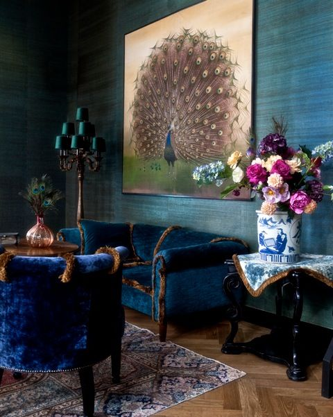 het parijse hotel costes een kasteelsfeer en rijk gedecoreerde interieurs met die ingredinten ging