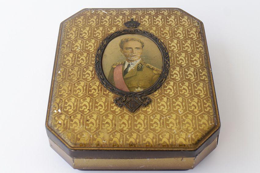 Pin by gloria rodr guez on el desv n de bartleby pinterest vintage and box - Desvan vintage ...