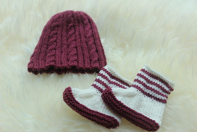 Baby booties and cable hat: two great patterns both on Ravelry. Perfect new baby present...