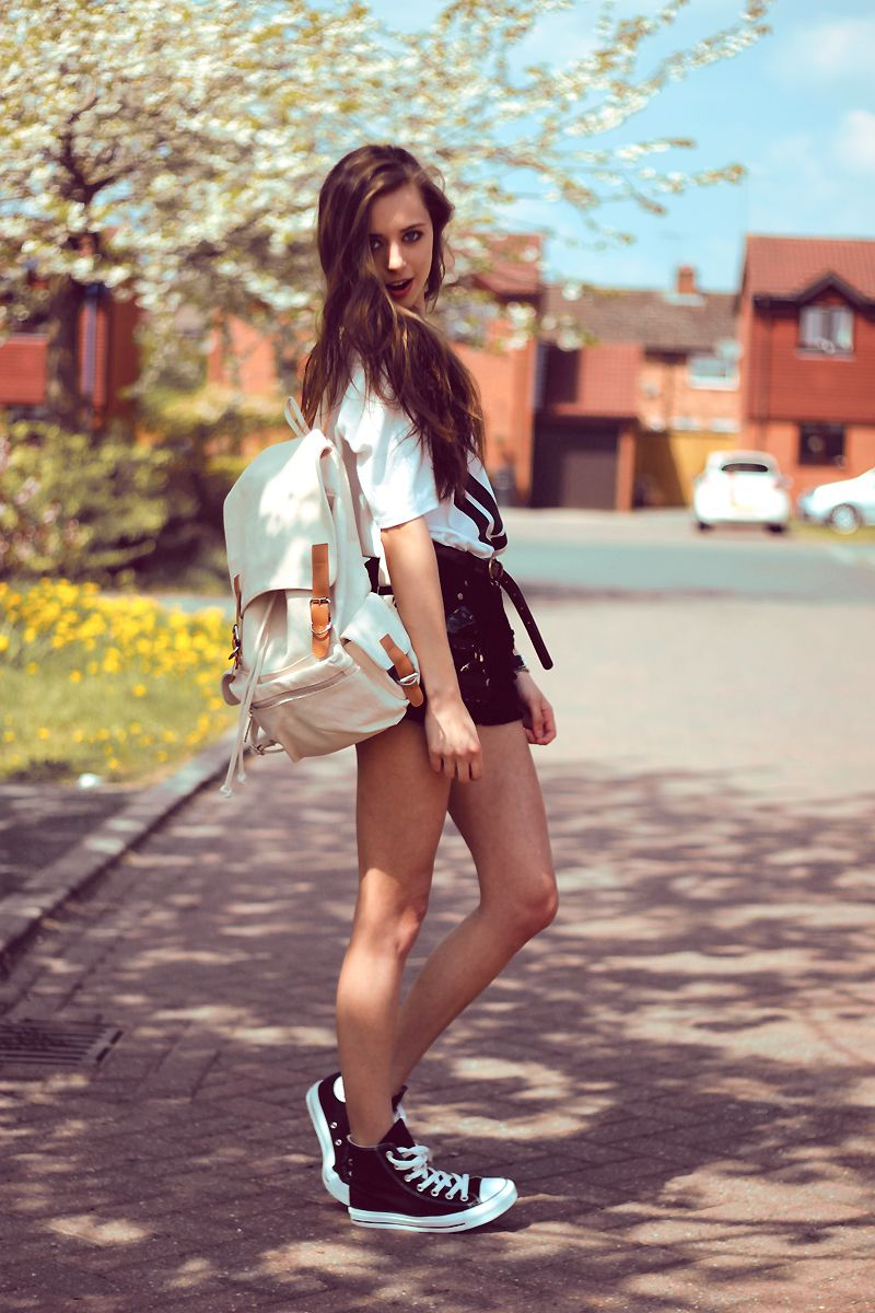 Sexy summer outfit for College girls   Spring/Summer Wardrobe ...