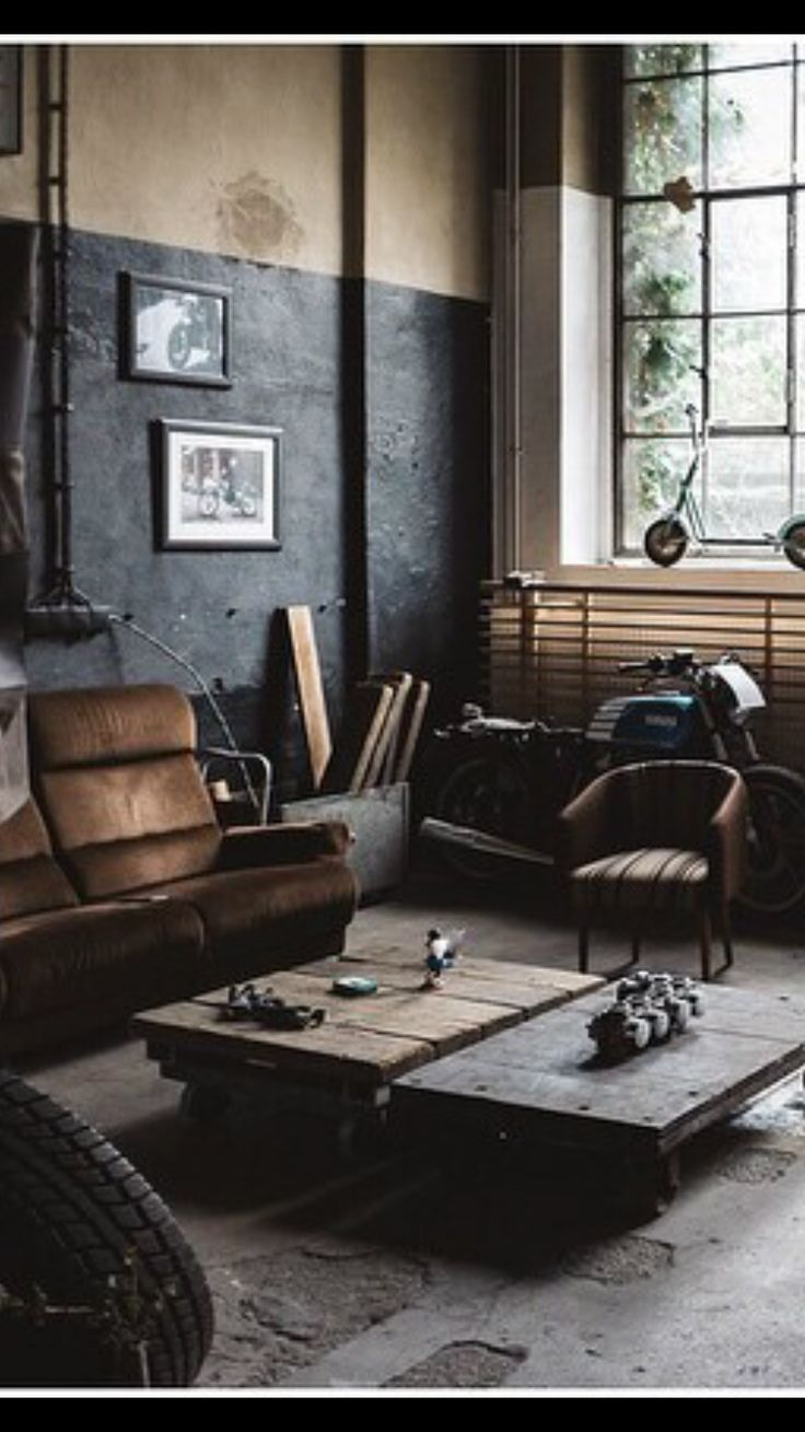 dazzling vintage industrial home inspiration home living room decoraci n de vest bulo. Black Bedroom Furniture Sets. Home Design Ideas