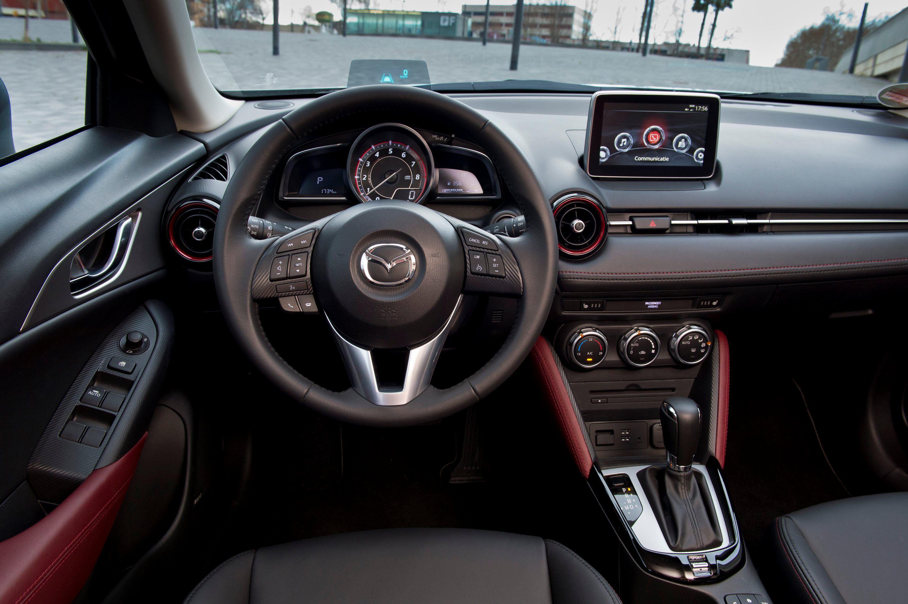 Autotest Mazda CX 3 2.0 SkyActivG 150 AWD Tijdens De Sneak Preview  Persintroductie. Ook Is Er Gereden Met De CX 3 SkyActiv D 105 Diesel Met  20% Bijtelling.