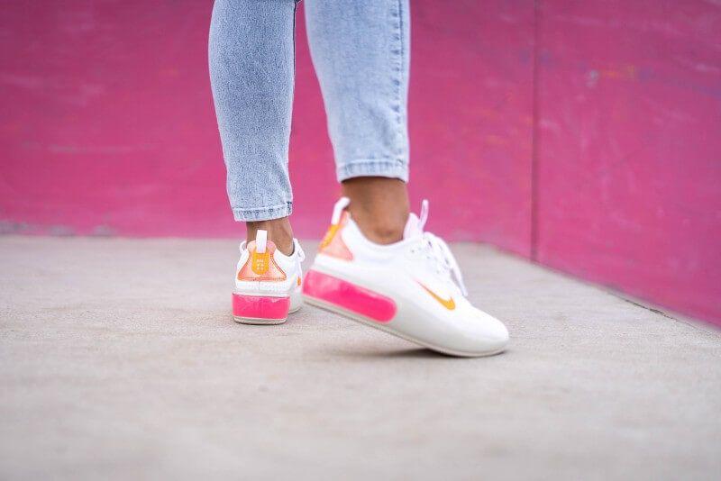 Nike Women S Air Max Dia White Pink Foam Hyper Crimson In 2020 Nike Women Nike Air Max Women