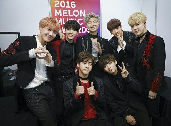 BTS mendapatkan Daesang pertama mereka di ajang penghargaan Melon Music Awards pada 2016.