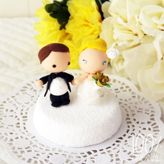 Custom Wedding Cake Topper Cute Bride and Groom by 100original ...