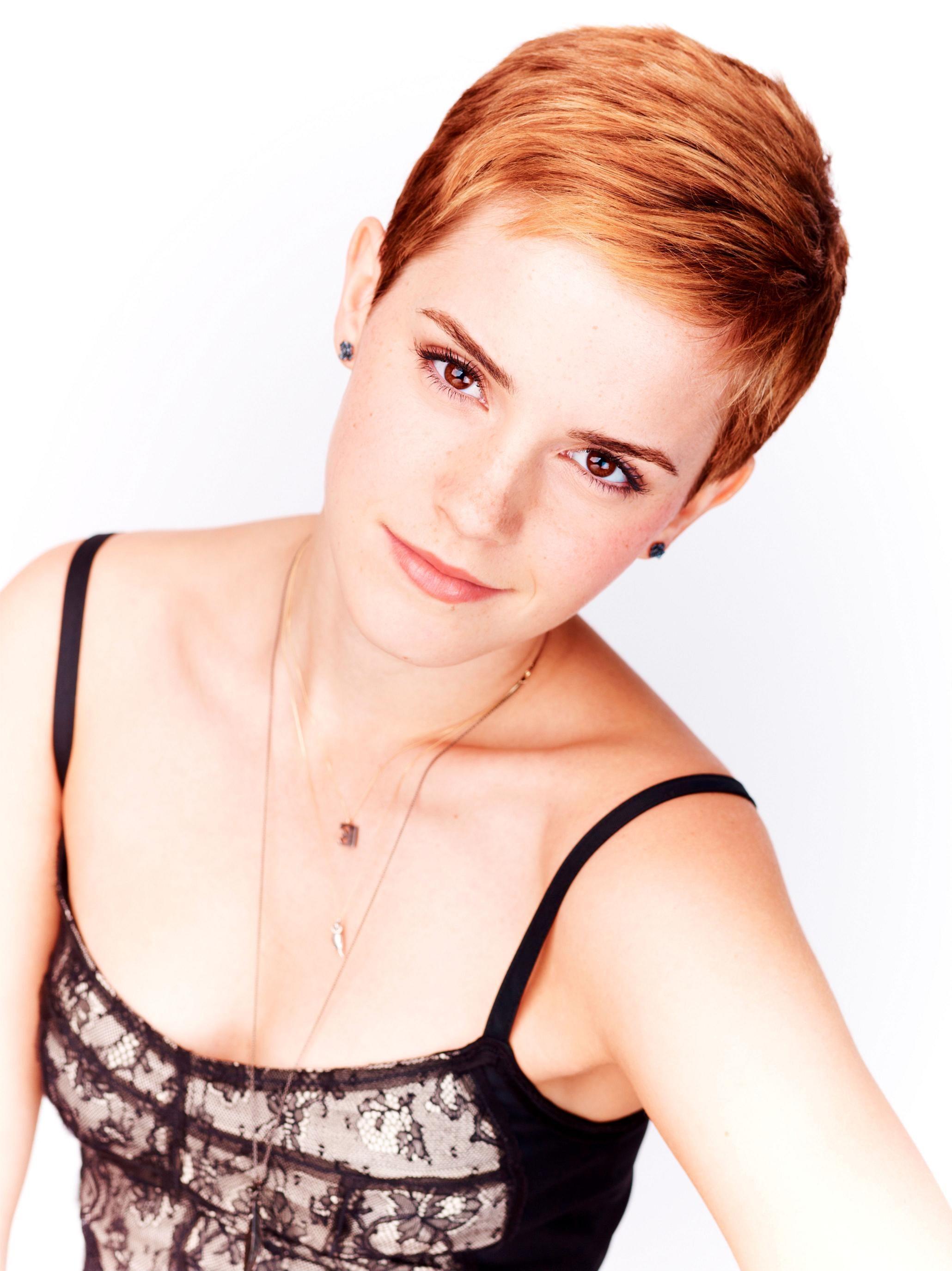 Emma Watson photo gallery Emma watson short hair