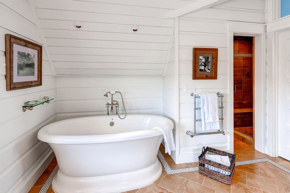 Classic, free-standing bathtub in the Island Belle home of Bald Head ...