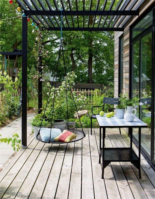 Terrasse mit Nestschaukel #spacedrawings