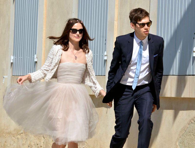 Kiera Knightley , la mini robe de mariée