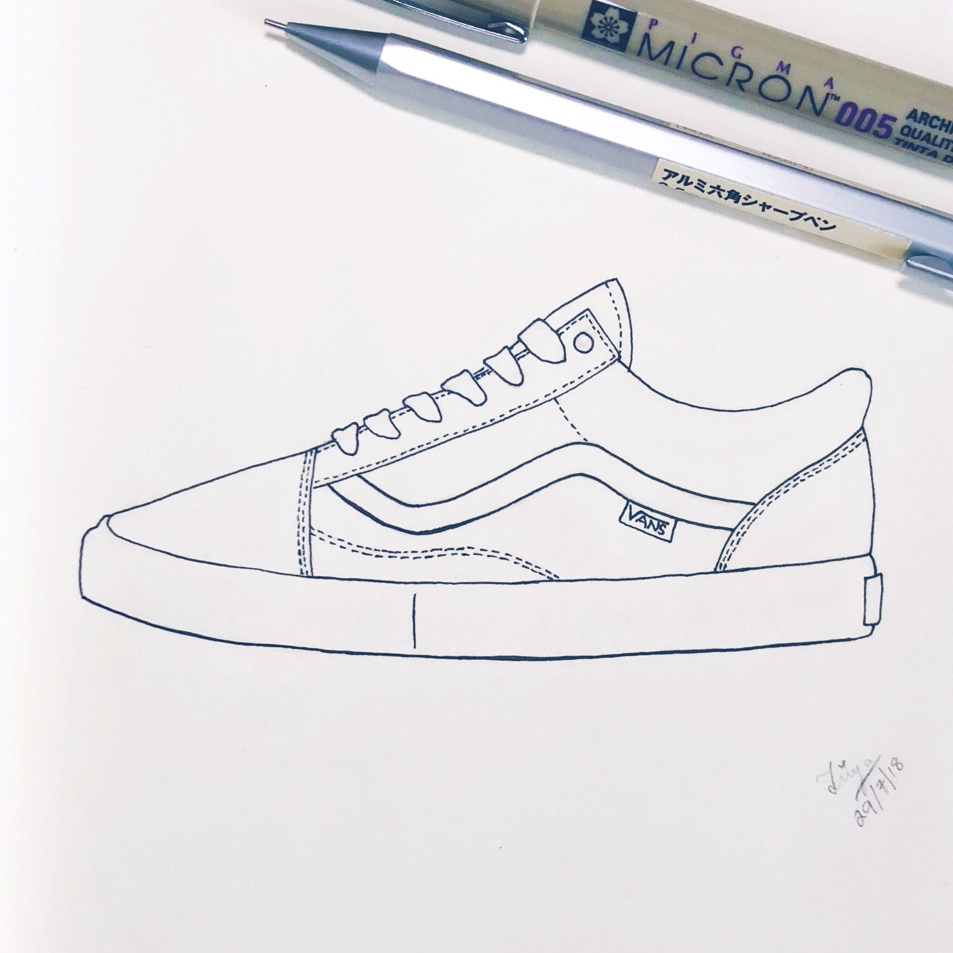 Another favorite shoe sketch. Loved drawing this simple