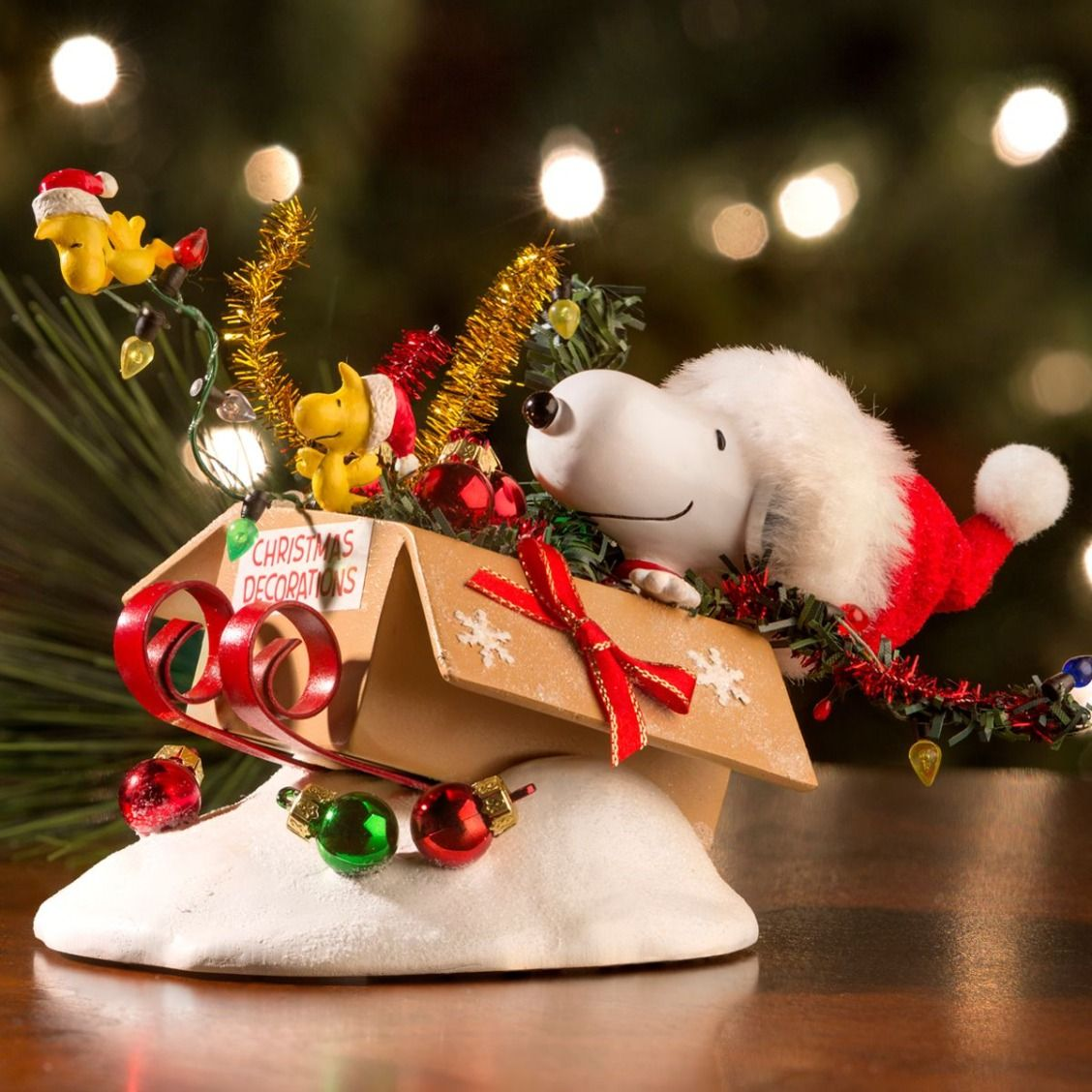 Snoopy outdoor christmas decorations - Snoopy Woodstock And A Pal Jumped In The Decorations Box So Fast That Bows And The Peanutsoutdoor Christmascharlie