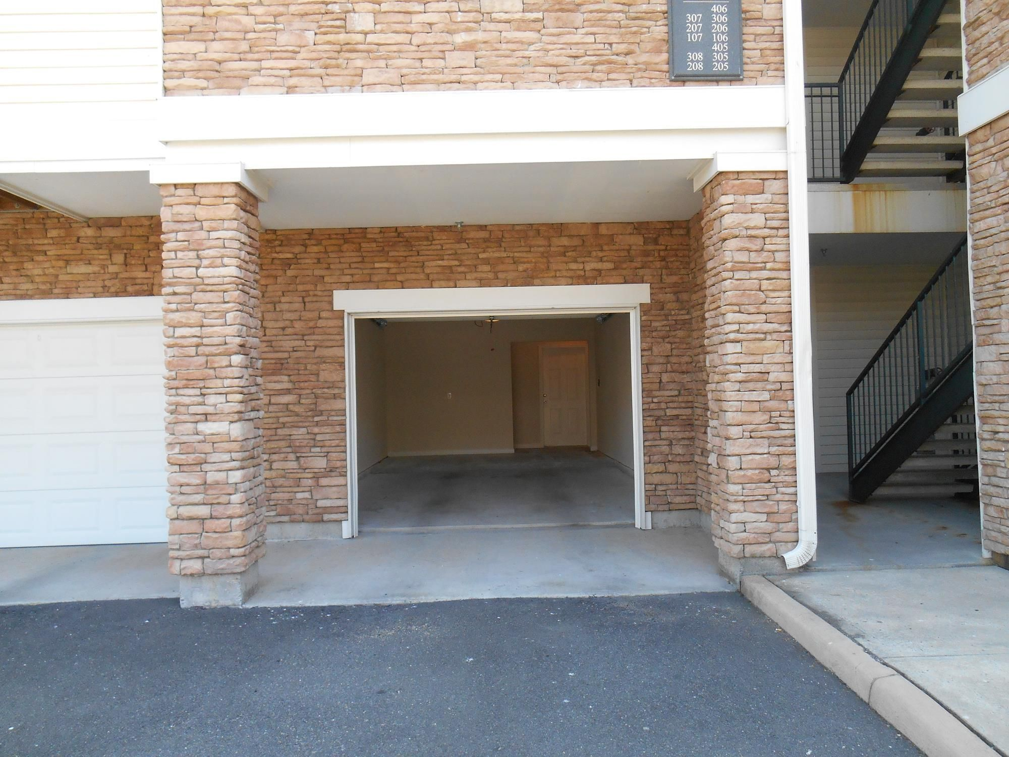 Some Apartments Have Direct Access Garages Apartment Outdoor Decor Property