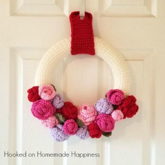 Valentine's Day Crochet PATTERN Wreath Crochet Pattern | Etsy #valentines day wreath crochet Valentine's Day Crochet PATTERN - Wreath Crochet Pattern - Home Decor Crochet Pattern - Flower Crochet Pattern #crochetedflowers