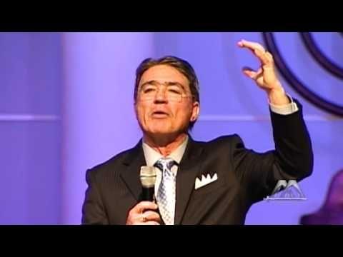 YouTube: Jesucristo en el Génesis & Cristo centro del universo