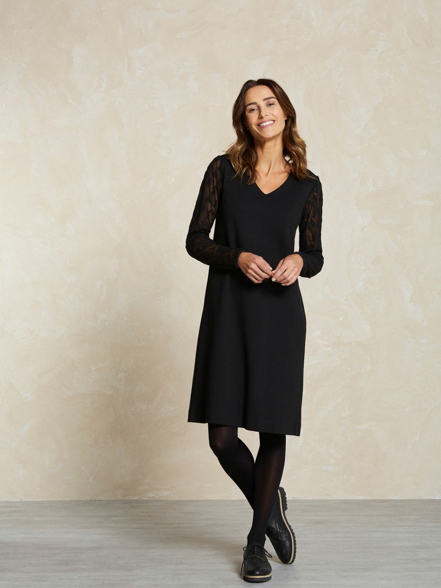 11 Langarm Kleid Schwarz In 2020 Langarm Kleid Schwarzes Kleid Langarm Kleider