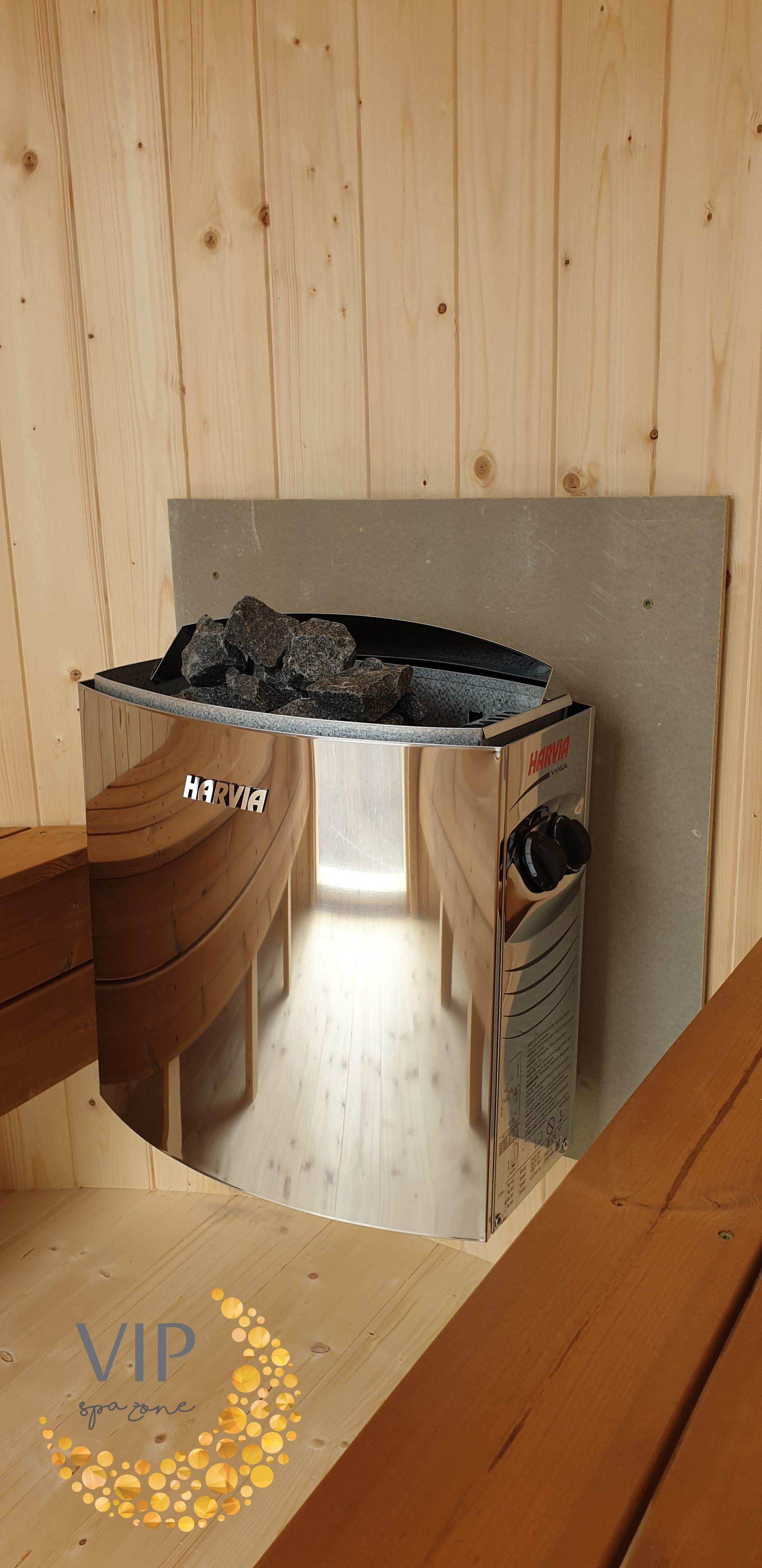 Vertical Sauna With Pretty Little Harvia Heater Heats Well Look Amazing In 2020 Mobile Sauna