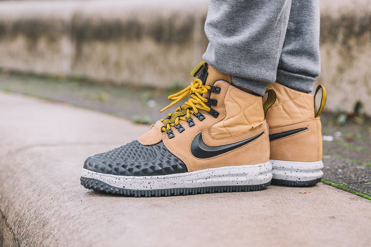 "94b09f11a5f5 On-Foot  Nike Lunar Force 1 Duckboot  17 ""Metallic Gold"" - EU Kicks Sneaker  Magazine"