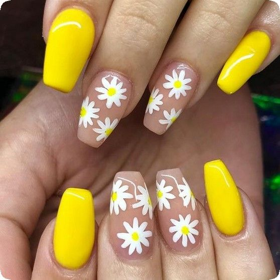 20 Fresh And Cute Summer Nail Designs For 2019 Page 19 Of 20 Babemar Vogue Yellow Nails Design Yellow Nails Nail Designs