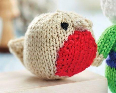 efc7b5fa3 Free Knitting Pattern for 3 Quick Festive Toys  Santa