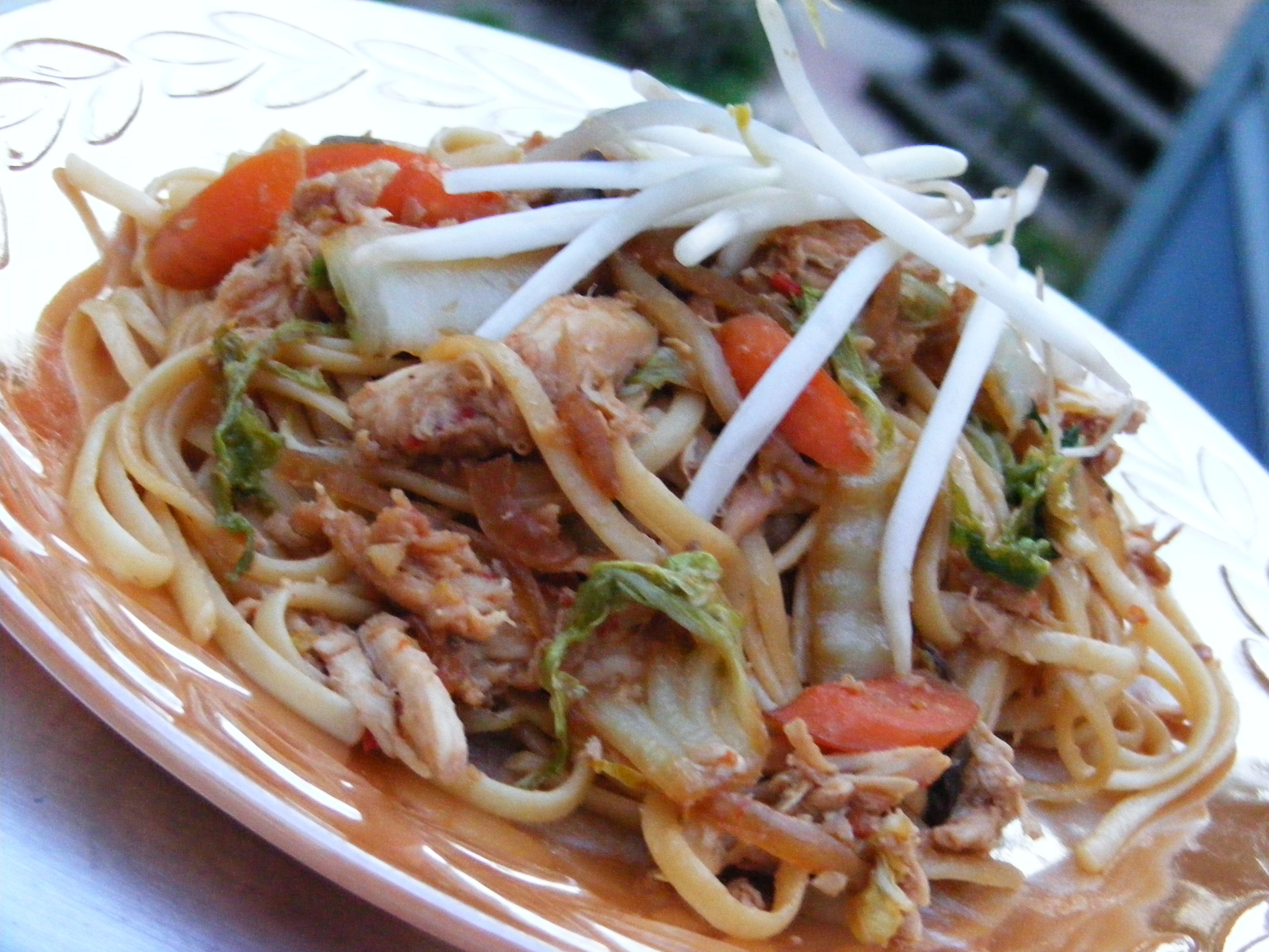 10 chicken pasta dinners ready in 30 minutes yakisoba chicken food forumfinder Choice Image