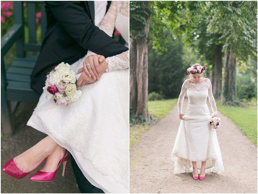 Brautpaarshooting, schwarzer Anzug, schwarze Fliege, Brautkleid ...
