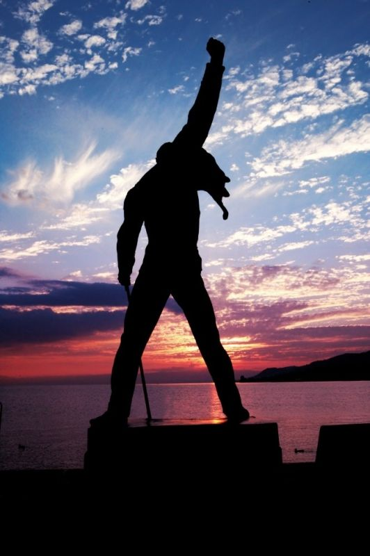 Statue of Freddie Mercury, Lake Geneva, Switzerland #freddiemercury