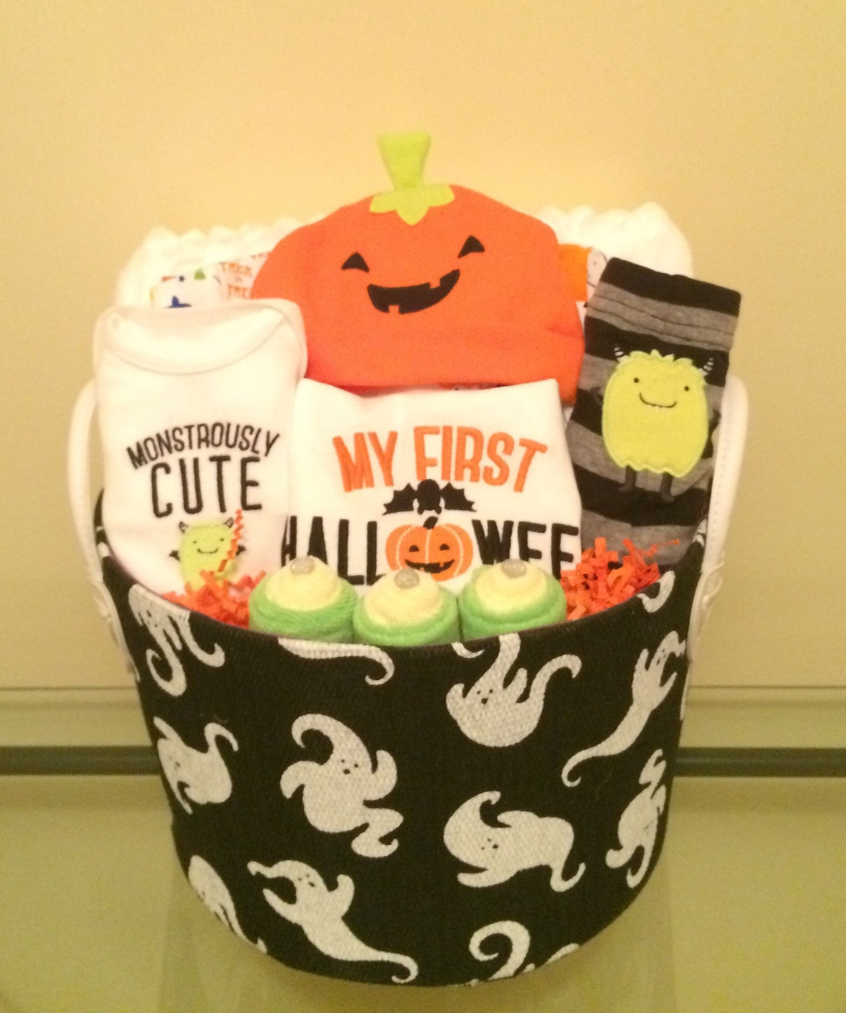 Halloween gift baskets for toddlers