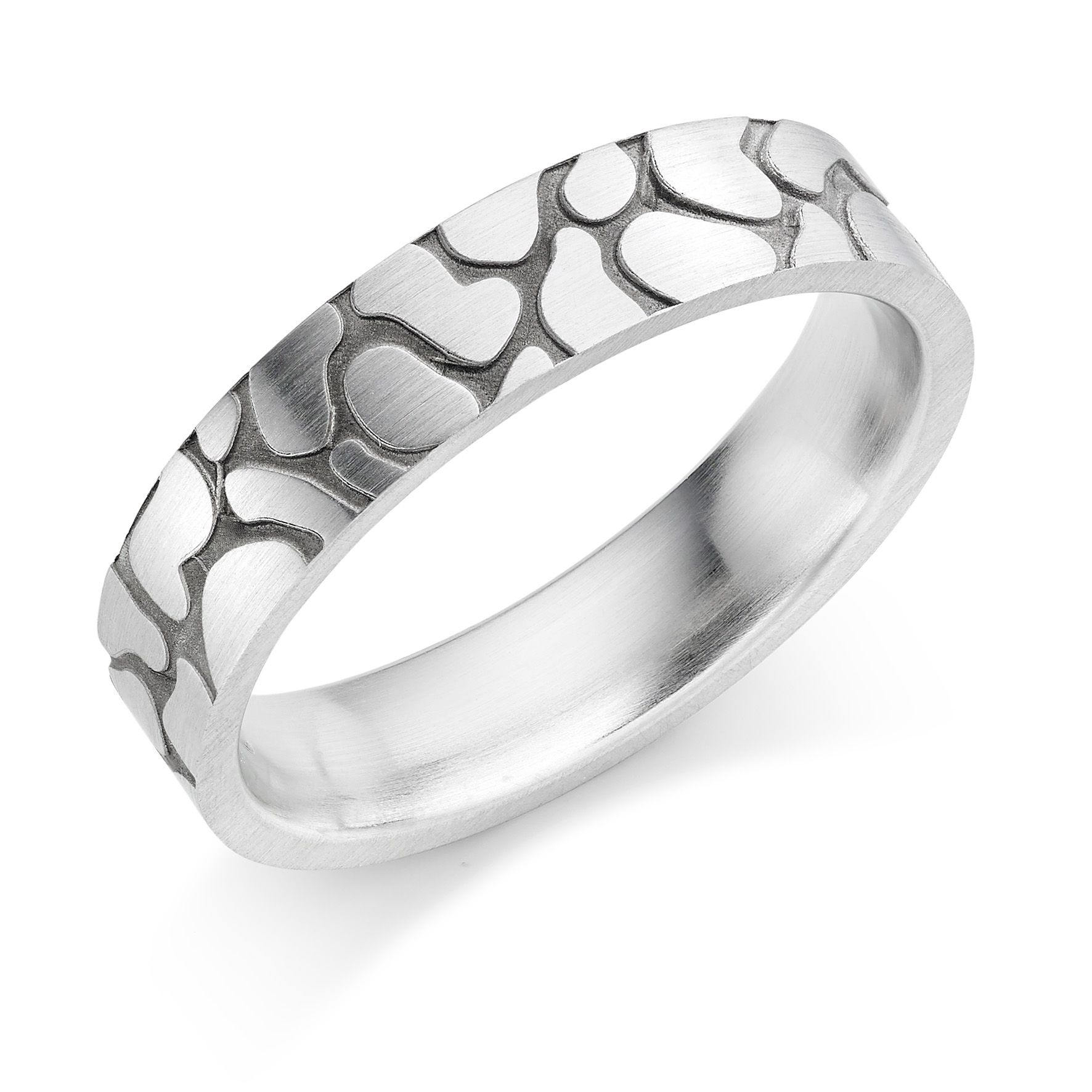 Our Platinum 5mm Claree wedding ring is a popular choice for those who fancy something a little more contemporary.  Its broken leather design with a blackened inlay is sure to stand out from the crowd!  http://www.rennieco.com/platinum-5mm-claree-wedding-ring.html  #wedding #ring #weddingring #platinum #jewellery #HattonGarden