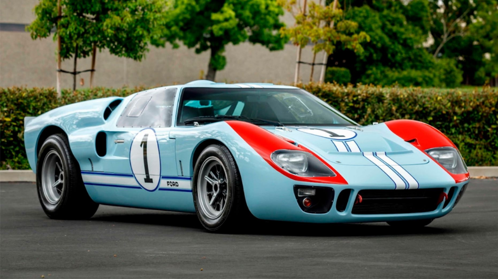 Christian Bale S Gt40 From Ford V Ferrari Is Racing To The Auction Block Ford Gt40 Ford Gt Gt40