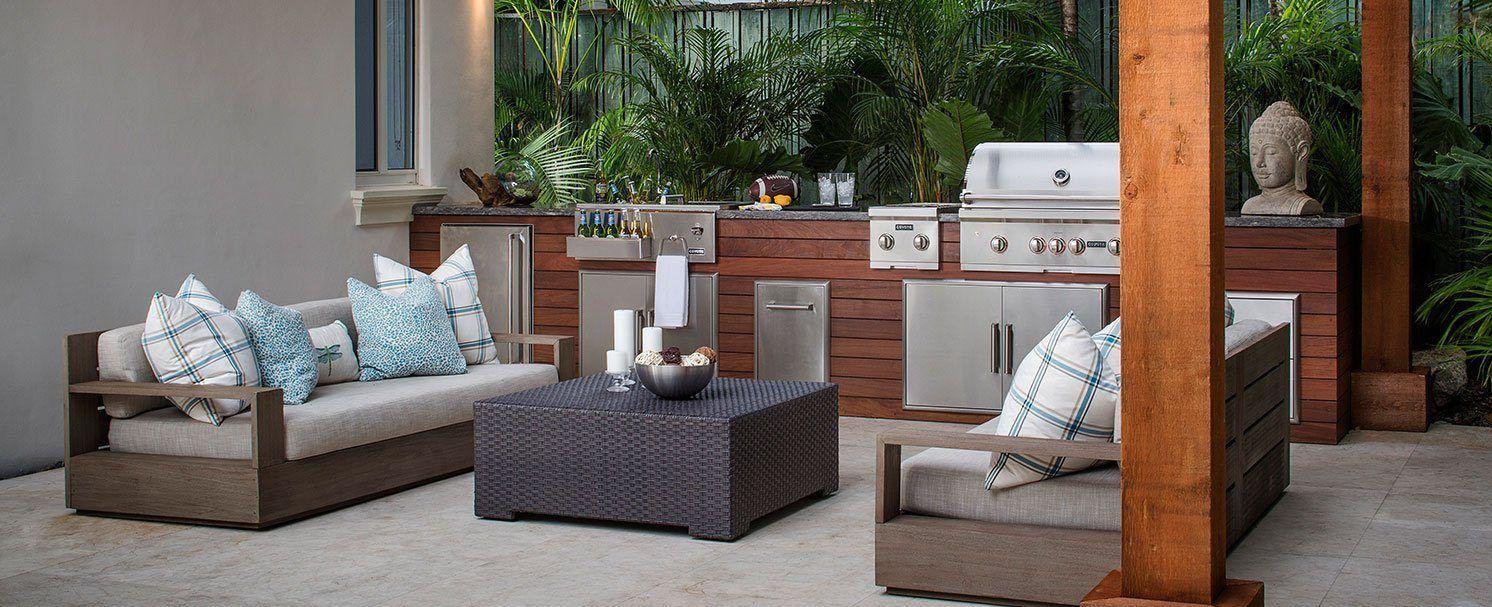 Outdoor Kitchen Design In Miami Kitchens Fl Backyard With Images Outdoor Kitchen Design Hardwood Design Outdoor Furniture Sets
