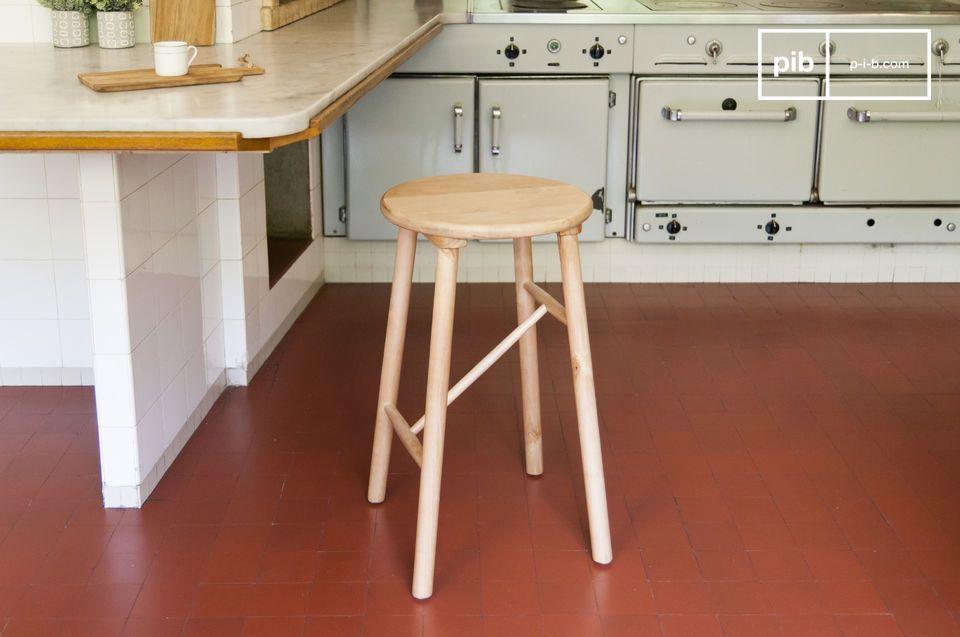 Sgabello in legno niels cucina dal design scandinavo