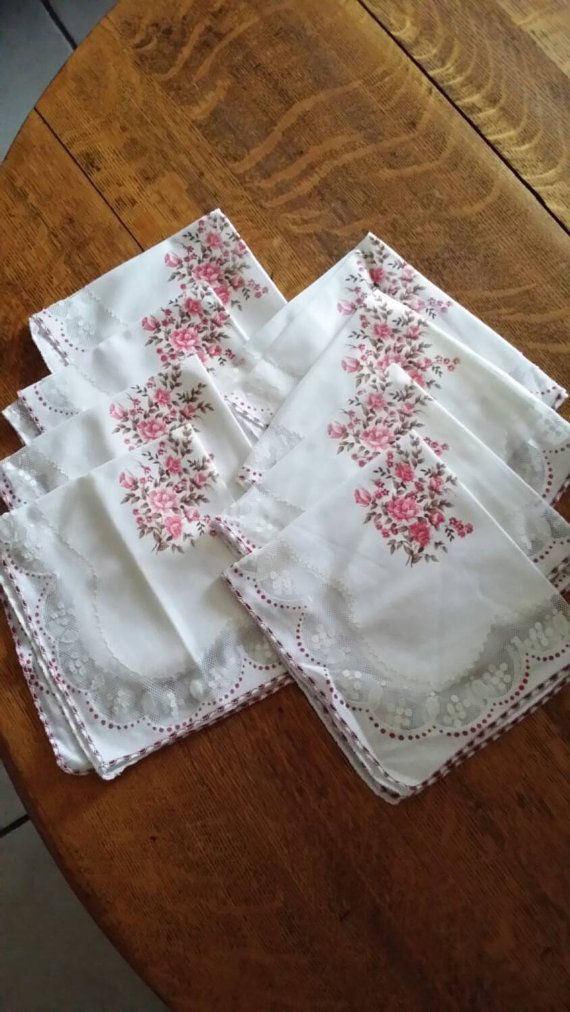Adorable SHABBY CHIC NAPKINS 16 x 15 Inches by RuthiesThisandThat